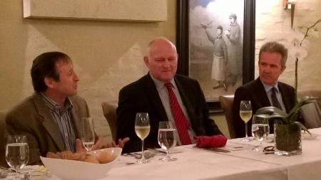 在晚宴前先由嘉賓致詞。最右手的是Hervé Danton。